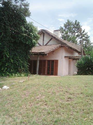 Casa en Piriápolis - Piriápolis - Casa