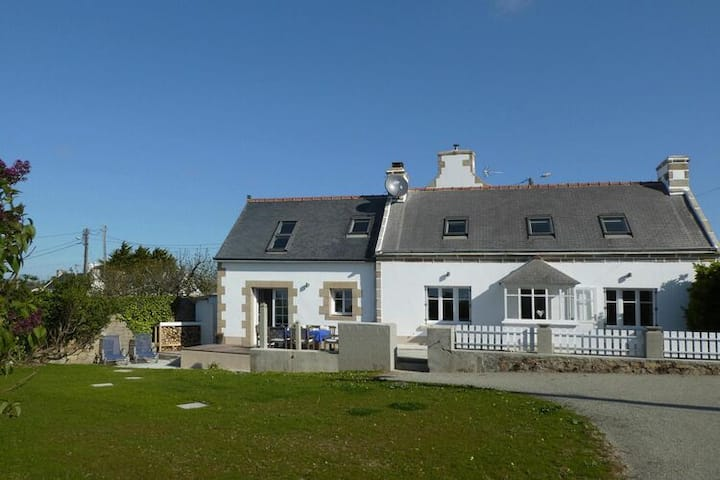 4 star holiday home in Plogoff