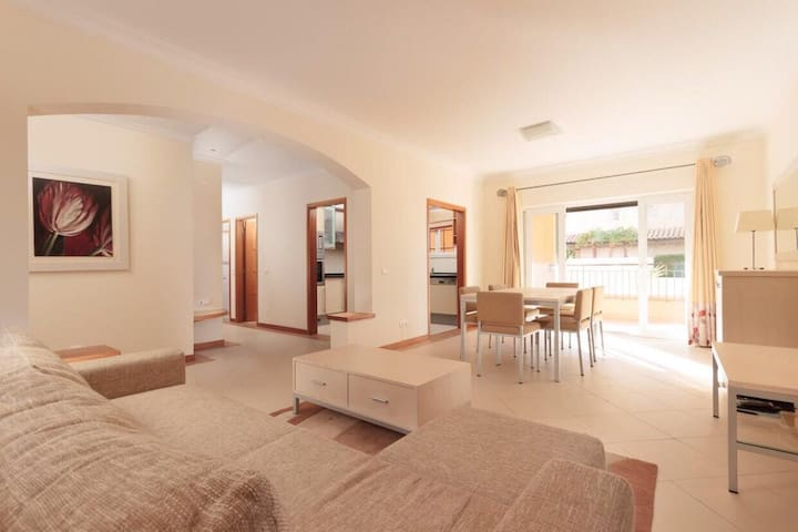 Luxurious 2 bedroom apartment with Private Pool
