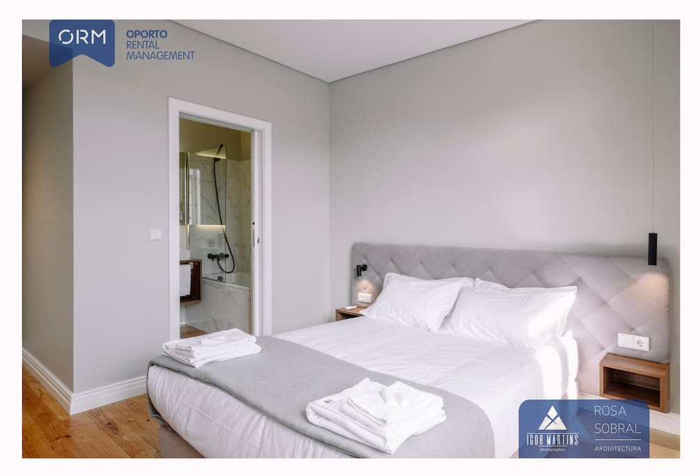 Bedroom 04 with double bed + Bathroom