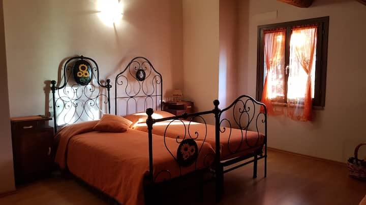 B&B Castelboccione (stanza arancione)