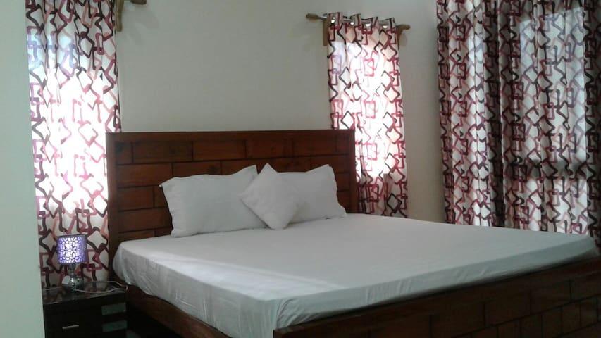 HILLVIEW Home: Affordable, Modern & Rejuvenating!