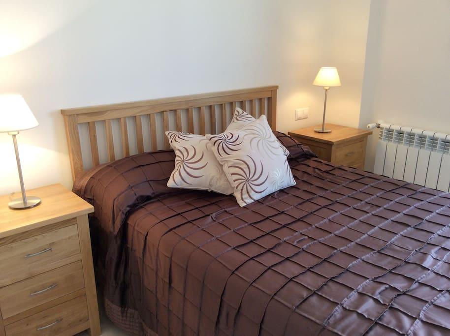 Double bedroom not en suite