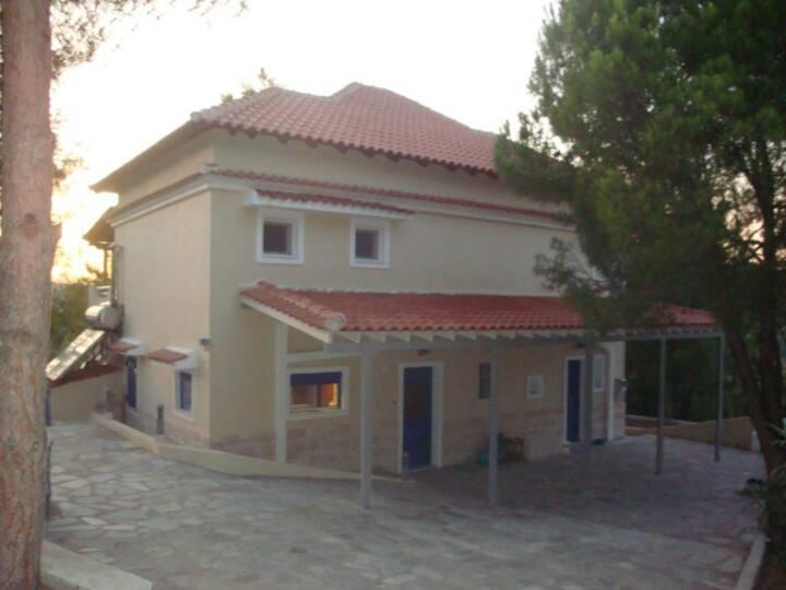 Modern villa in Kanapitsa