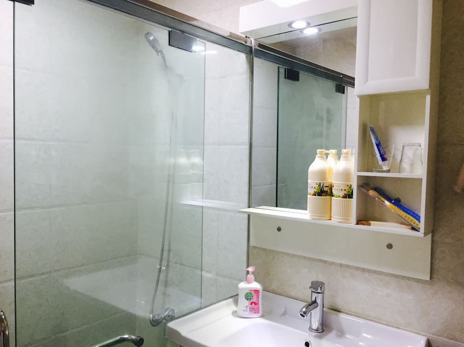 洗漱台+浴室
