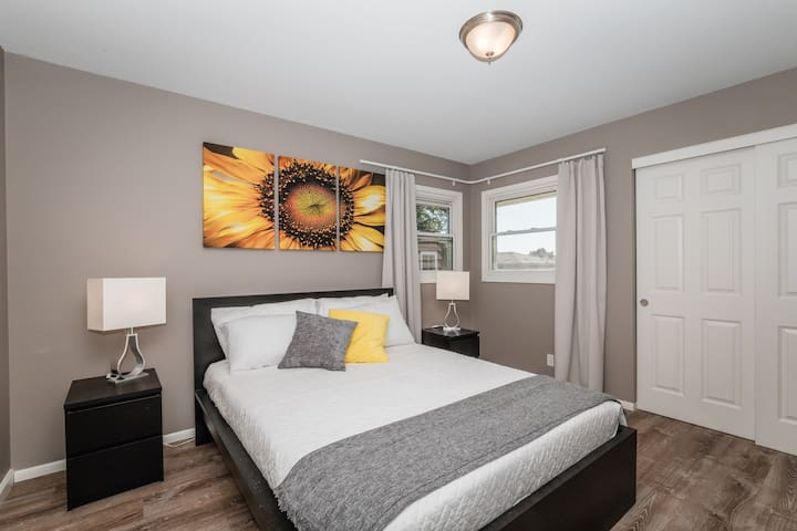 Awesome 3 bedroom lower - All New