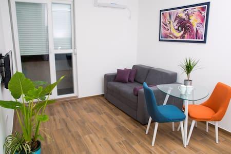 Apartman Koral, Ruma