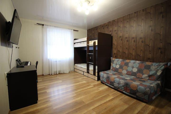 2комнатный дом по ул. Морская,до моря 90метров