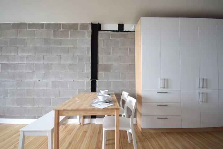 Beautiful Studio Fully furnished Old Quebec City. - Ville de Québec - Loteng Studio