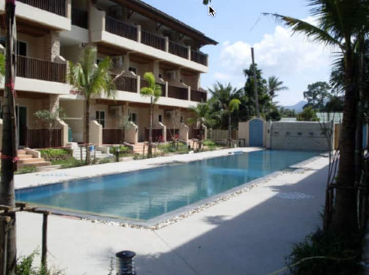 1 Bed Condo - walk to Chaweng Beach