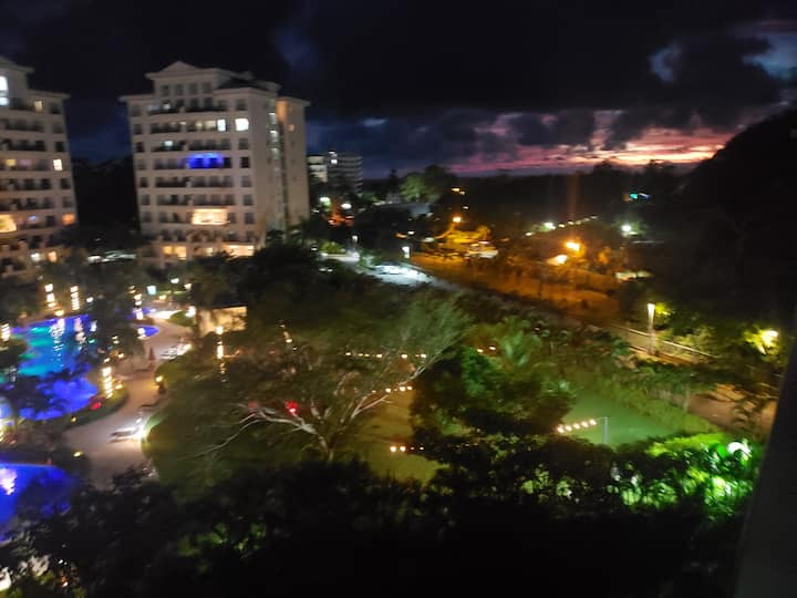 Luxury family beach condo Sunset view