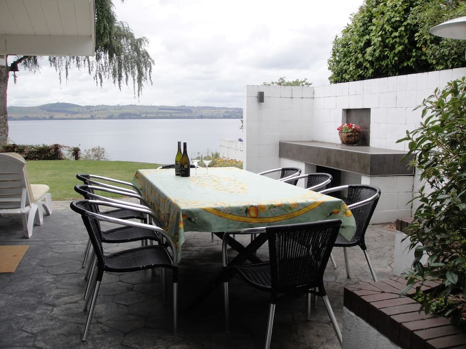 Relax on the BBQ patio, where you can enjoy a wine and the outlook, alfresco dining
