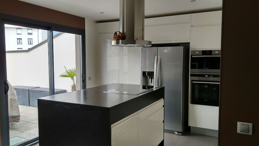 High standing Apartment close to CERN