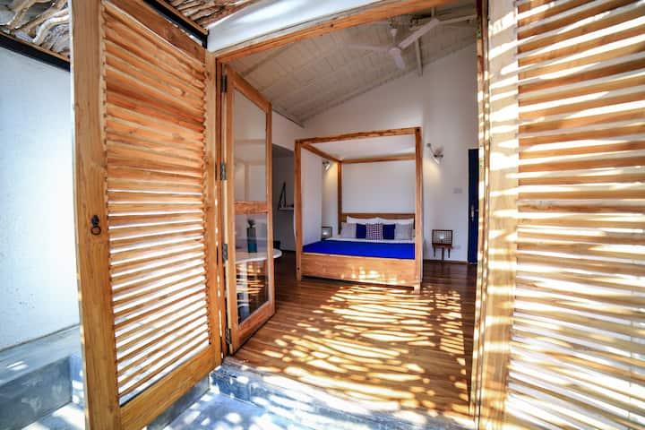 AMANTA BEACH (Standard Double Room)