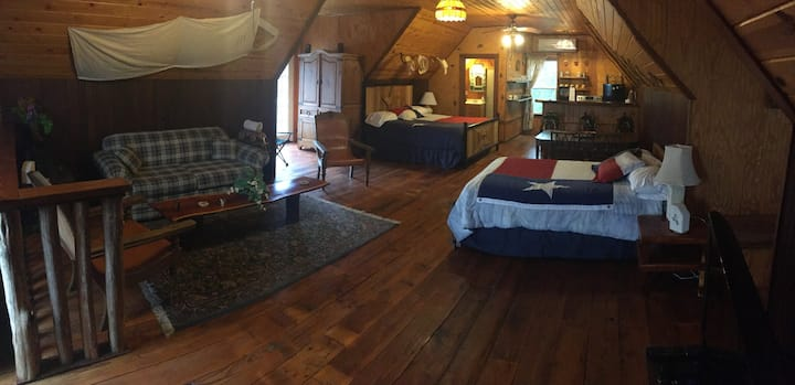 Texas Cattle Ranch Apartment