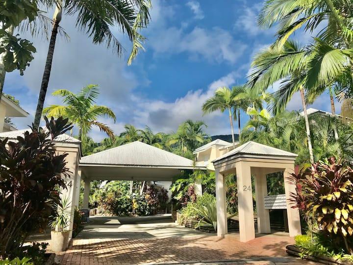 4 Bedroom Villa with private pool V15 OR V16