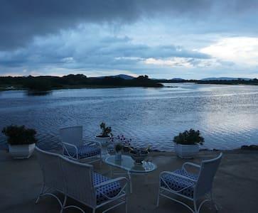 Pousada Pantanal MT beira Rio Mutum - Mimoso - Bed & Breakfast