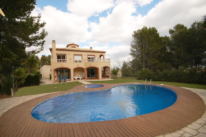 """Alta Vista"" A luxury Villa with Private Pool. - Tarragona - Villa"