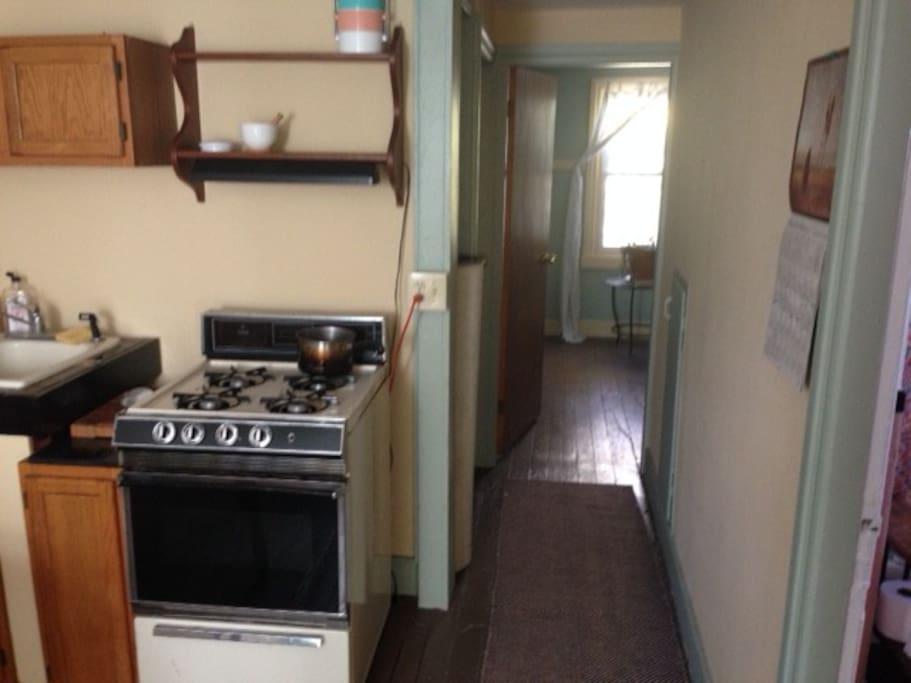 Stove/ hallway to bedrooms