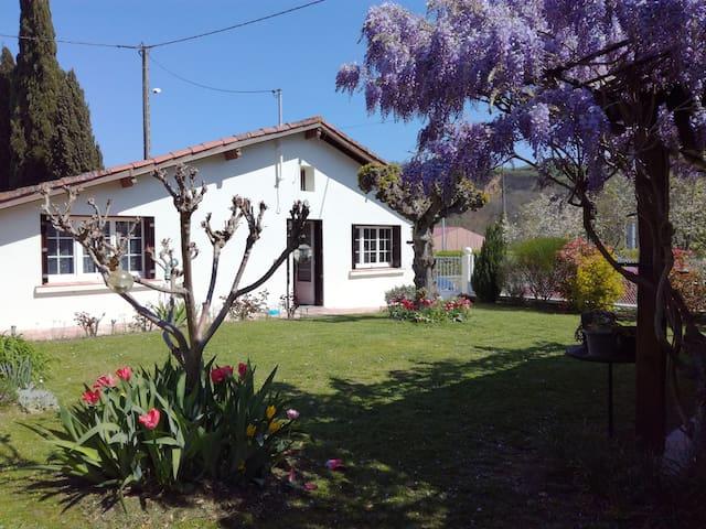 le pila de Carbonne - Carbonne - Huis