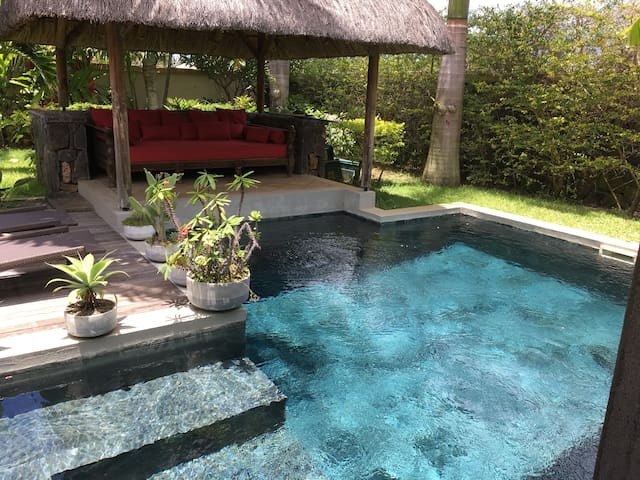 Sweet luxury Balinese  PRIVATE Villa in Grand-Baie