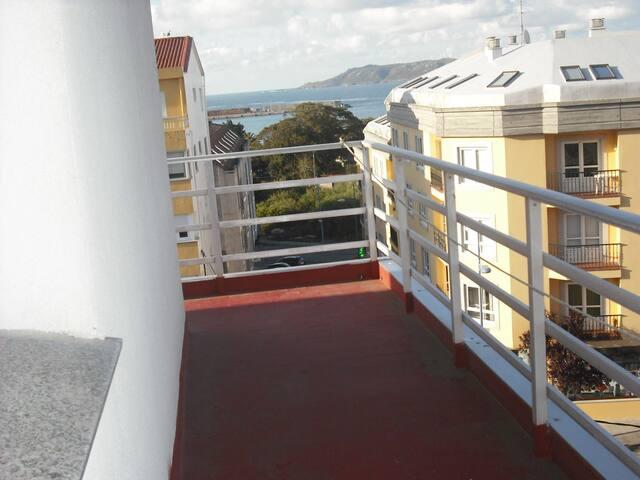 Piso con amplia terraza,ascensor y wifi