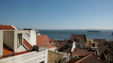 Center of Alfama with River View