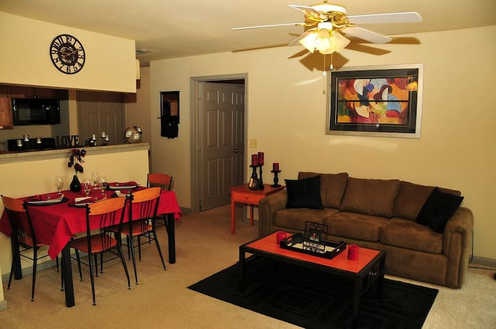 Lose to texas tech campus apartments for rent in lubbock for One bedroom apartments lubbock