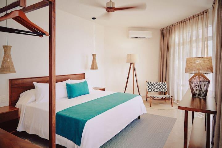 Room 1 · 1. Beach Front View Room @Tankah Tres Bay - Tulum