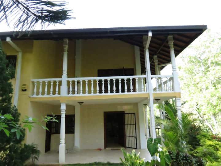 Hantana Forest Reserve Inn