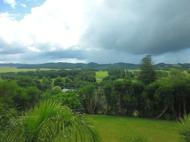 Rural peace and quiet with sweeping country views - Whangarei - Casa
