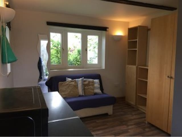 33B Garden Room - Impington - Appartement