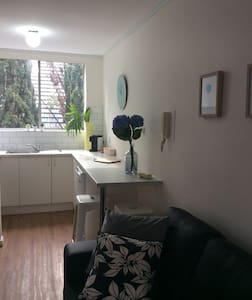 Cute and Cosy Studio Apartment - Saint Kilda East - Wohnung