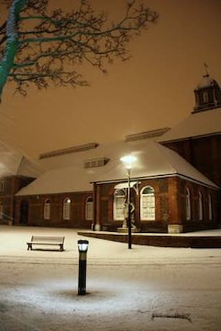 The Guard House Pub in the snow