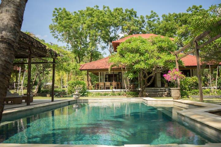 """Balinese Villa 'Bukit Kaja Kauh """""""