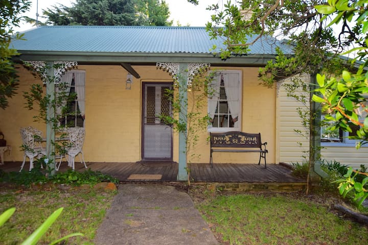 Waragil Cottage - Blackheath - Huis