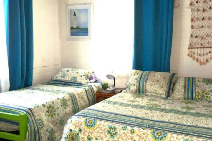 Private room in ecotourism accommodation with swimming pool for a good rest!