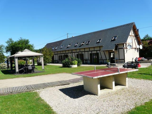 Gîte 12/14 personnes avec piscine chauffée - Criquetot-sur-Longueville - House