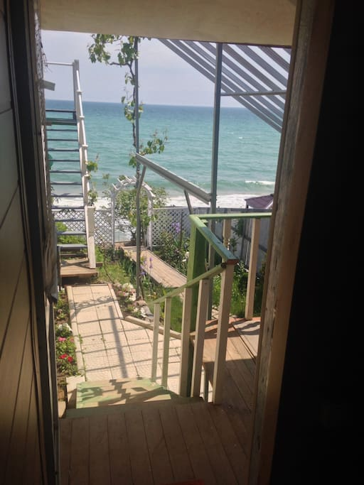 Вид из входной двери