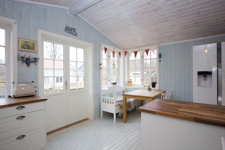 Sjarmerende hus med liten båt ledig  26.6 - 26.7 - Tjøme - Dům
