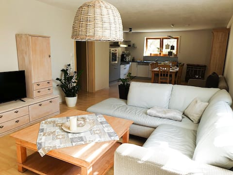 Kaunis ja kodikas huoneisto rauhallisessa ympäristössä