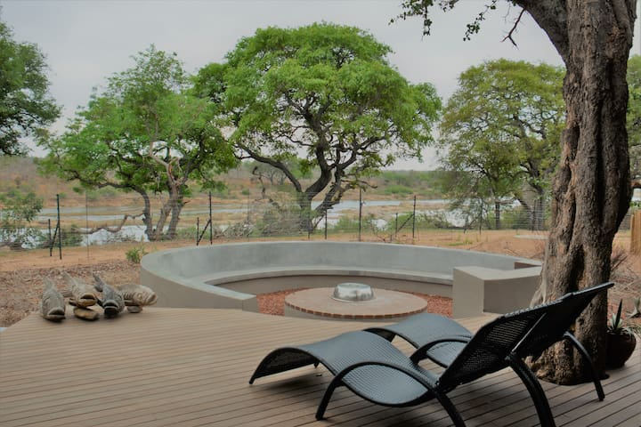 Lux River Lodge Mjejane Kruger, inc Safari Drives