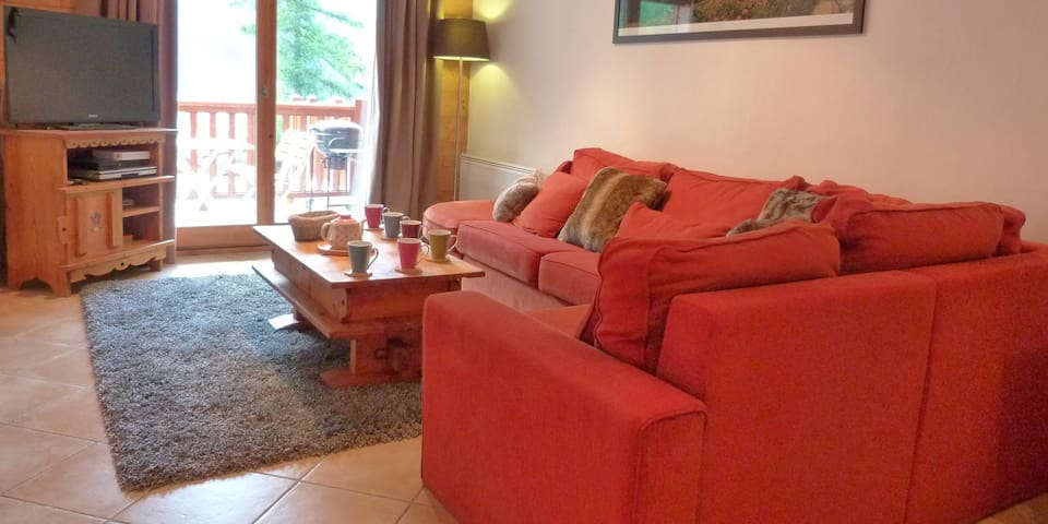 Apartment Chataigne, 3 bedrooms, sleeps 6-8