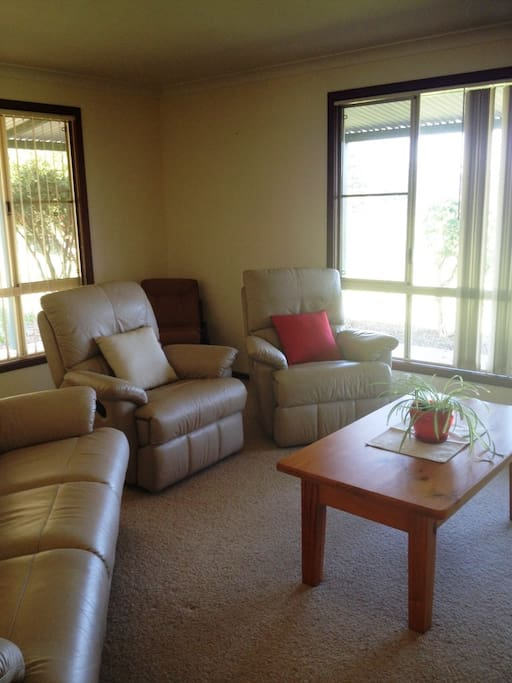 north walpole chat rooms Your search for houses for rent in walpole has returned 500 results  single-family 9-room house in lovely suburban westwood,  north walpole,.