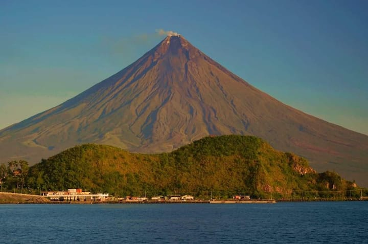 Mayon Albay Gulf @ Lion Hill 2 wifi, cctv, cable