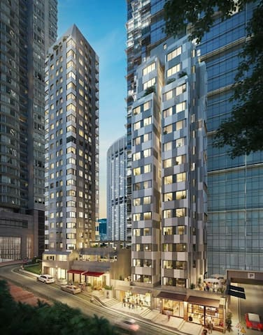 New, Modern, Hip, Star Street at Pacific Place 3