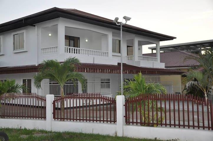 Luxe appartementencomplex met zwembad - Paramaribo - Huoneisto
