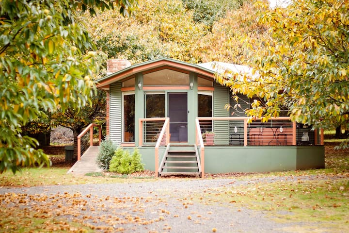 Two bedroom Lucenti cottage - Narbethong - Bed & Breakfast