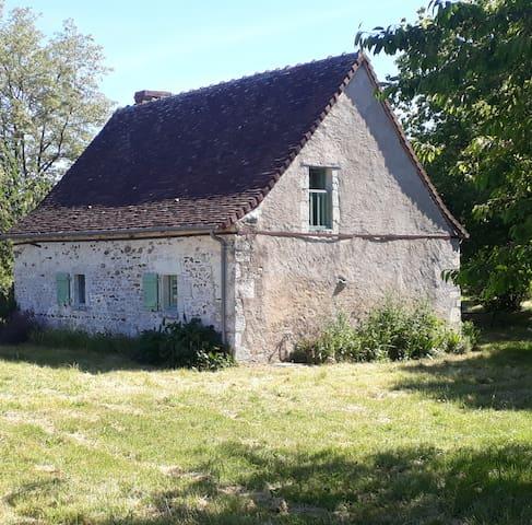 """Guidebook de la Gaudière: sites à visiter et """"bonnes adresses"""" à proximité de la propriété!"""