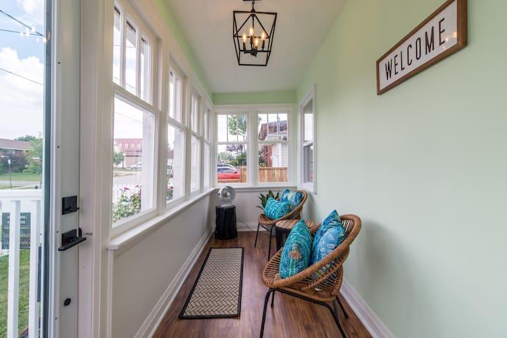 Enjoy the enclosed veranda!